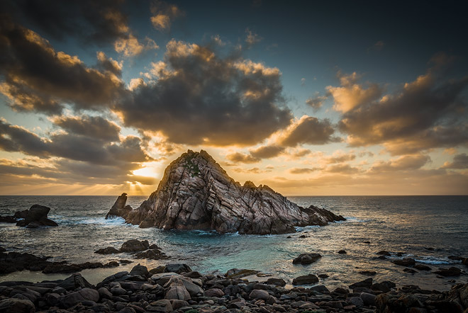 Sugarloaf Rock, Dunsborough region, WA